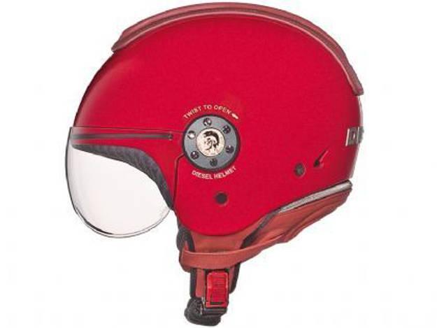 אופנוסנטר, ציוד לאופנועים ואביזרים לאופנוע - קסדת *עודפים* לאופנוע AGV בעיצוב DIESEL צבע אדום